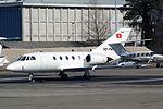Sphinx Wings AG Dassault Falcon 200 (20H) HB-VNG (21678754116).jpg