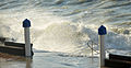 Splashing water wavesin Wimereux 2014 12 25 vague 4749.JPG