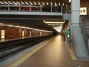 Université-de-Montréal station - Image: Station Université de Montréal