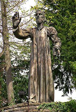 250px-Statue_von_Nikolaus_v.d._Fl%C3%BCe_in_Fl%C3%BCeli-Ranft.jpg