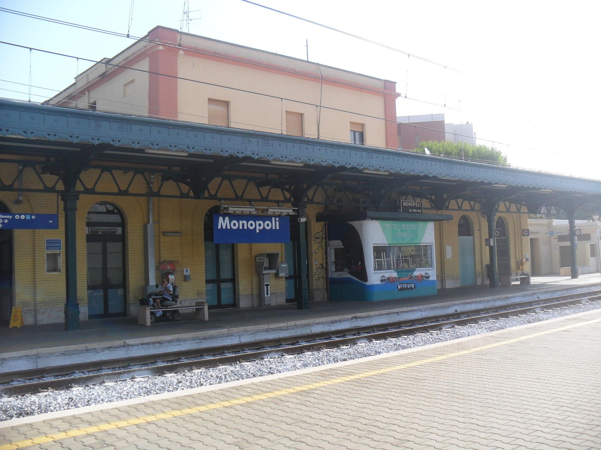 Stazione Di Monopoli Wikipedia