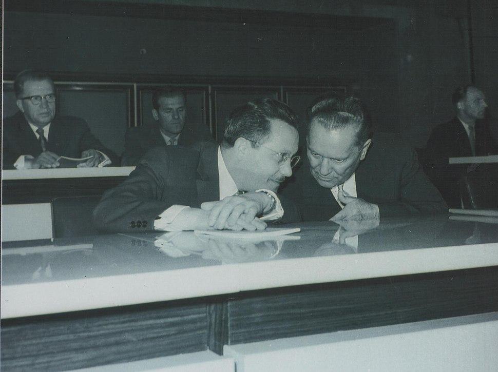 Stevan Kragujevic, Tito i Edvard Kardelj (1910-1979)