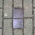 Stolpersteine Issum Neustraße 2.jpg