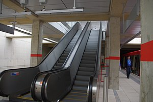 Stratford International DLR Station (3).jpg