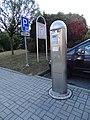 Třebíč-Stařečka, V. Nezvala, parkovací automat.jpg