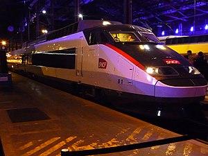 Railteam - Image: TGV Sud Est 01 Carmillon 30 ans