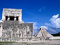 Temple of the Jaguar and El Castillo - Flickr - pinemikey.jpg