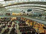 Terminal5HeathrowAirportLondres2012.jpg