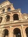 The Roman Coleseum, Roma.jpg