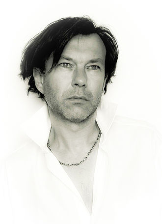Thomas Dellert Dellacroix - Thomas Dellert in Les Miserables 1990