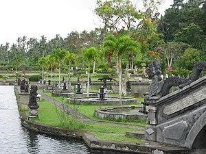 Tirta Gangga - Image: Tirtagangga water garden 01 by Line 1
