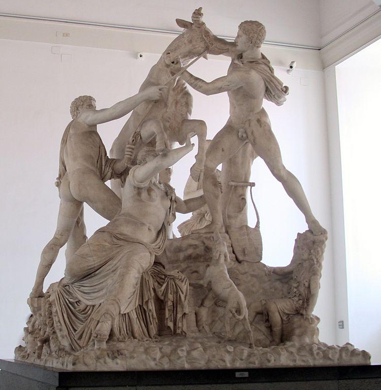Taureau Farnèse au musée d'archéologie de Naples. Photo de Massimo Finizio.