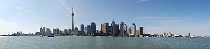 Toronto Skyline Panorama.jpg