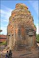 Tour-sanctuaire du temple Lolei (Angkor) (6969560703).jpg