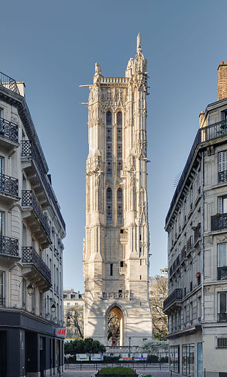 Saint-Jacques Tower - Saint-Jacques Tower in April 2015