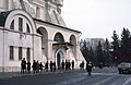 Tourists, soldiers and police, Moscow (32010509866).jpg