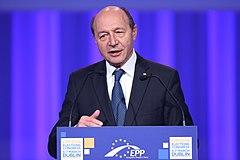 Băsescu: I call for a civilized debate. Discussing about a ...  |Traian Basescu