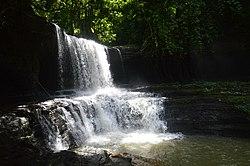 Tuirihiau waterfall 01.jpg
