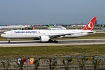 Turkish Airlines, TC-JJG, Boeing 777-3F2 ER (44574950264).jpg
