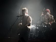 Twenty One Pilots performing in London in 2016 e2cac1a395c