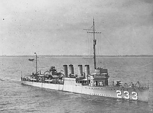 USS Gilmer (DD-233) underway in Hampton Roads, Virginia (USA), in October 1922 (NH 53732).jpg