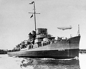 USS Harmon (DE-678) underway, circa in August 1943 (80-G-45162)