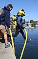 US Navy 030212-N-5862D-015 Students at the Naval Diving and Salvage Training Center (NDSTU) undergo various training scenarios to prepare them for duties involving underwater operations, emergencies and procedures.jpg