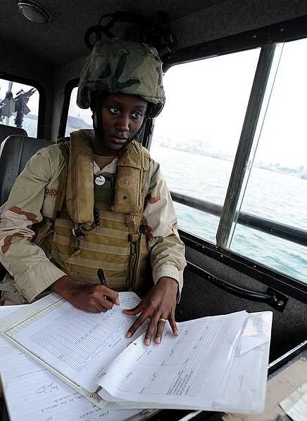 File:US Navy 120107-N-RP435-657 Boatswain's Mate Seaman Ashley Hightower, assigned to Maritime Expeditionary Squadron (MSRON) 2, observes and records en.jpg
