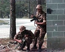 Ukbekistani troops