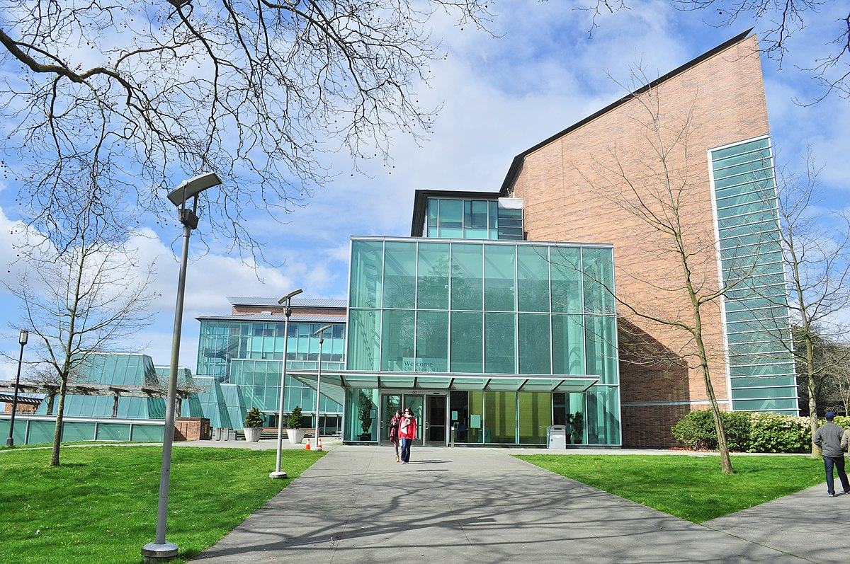 University of Washington Law School - William H. Gates Hall 01.jpg