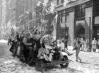 British people - V-E Day celebrations in Toronto, May 1945