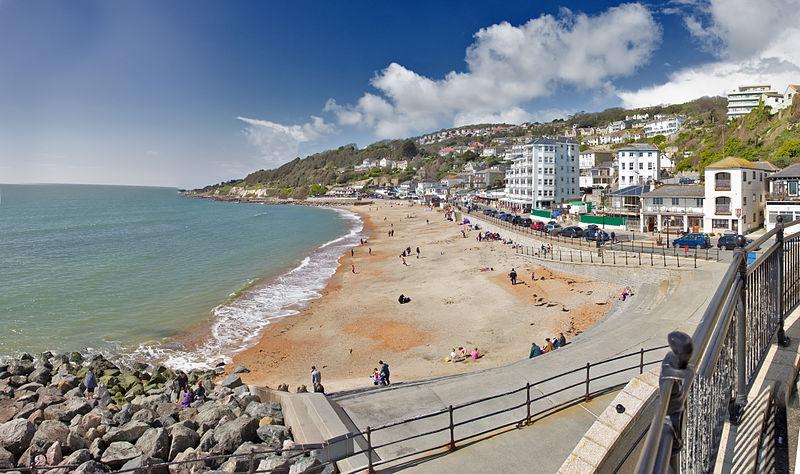 Strand von Ventnor, Isle of Wight - wikimedia: Andreas Trepte