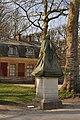 Versailles sculptures en habit d'hiver 001.JPG