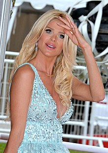 Victoria Silvstedt Cannes 2016.jpg