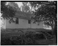 View west, east elevation (front of house) - Blakeslee House, 1211 Barnes Road, Wallingford, New Haven County, CT HABS CONN,5-WALF,7-1.tif