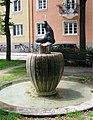 Viktoriaplatz Seehundbrunnen Muenchen-4.jpg