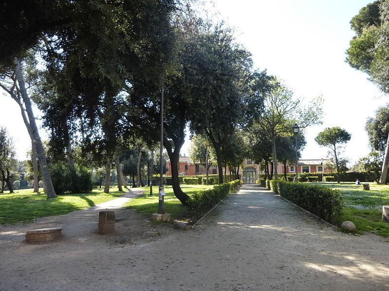 Villa Carpegna ingångs P1000737.JPG