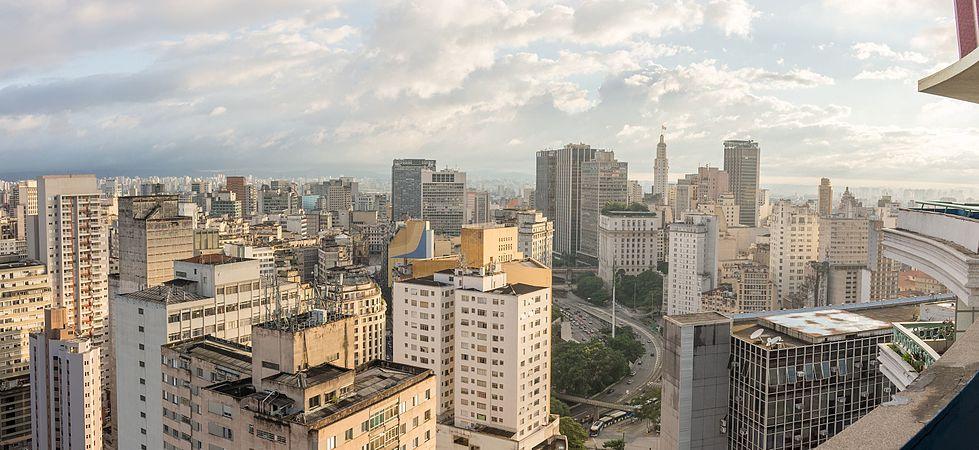Vista panorâmica do centro de São Paulo.jpg