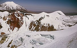 Volcan Sabancaya (meaning Tongue of Fire) (30031766090).jpg