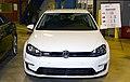 Volkswagen display (24405549281).jpg