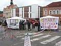 Votice, Komenského náměstí, start pochodu Praha-Prčice.jpg