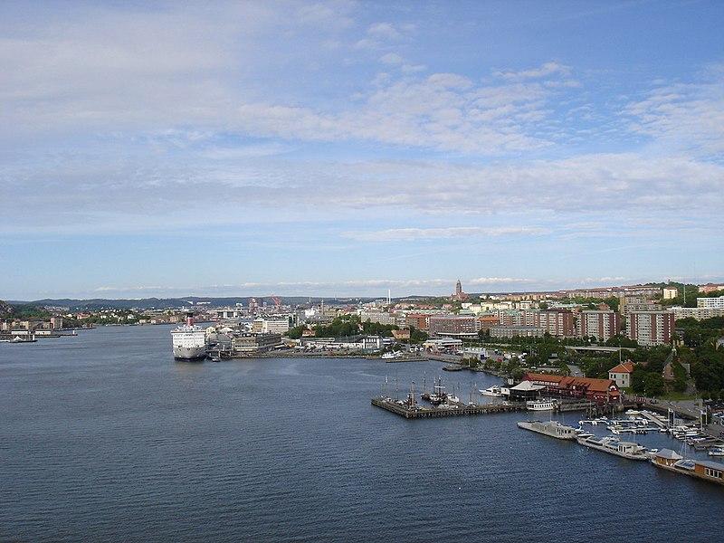 Archivo:Vue de Göteborg depuis Älvsborgsbron.jpg