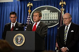 Laurence Silberman - Silberman (right) with George W. Bush and Chuck Robb announcing the formation of the Iraq Intelligence Commission