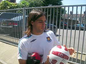 Walter Alberto López - López at West Ham United in 2009