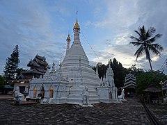 Wat Phrathat Doi Kong Mu 2.jpg