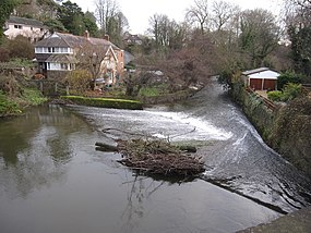 Weir on the River Alyn - Afon Alun - geograph.org.uk - 1721449.jpg