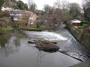 Caergwrle - Image: Weir on the River Alyn Afon Alun geograph.org.uk 1721449