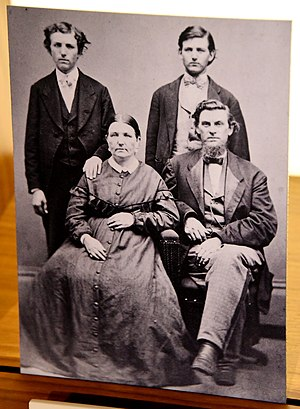Henry Wellcome - Wellcome family portrait, c. 1875-1877. Unknown photographer. The Wellcome Collection, London