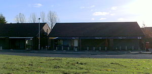 Whinmoor - The convenience stores at the Whinmoor terminus.