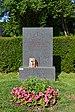 Wiener Zentralfriedhof - Gruppe 33 G - Grab von Erika Weinzierl.jpg